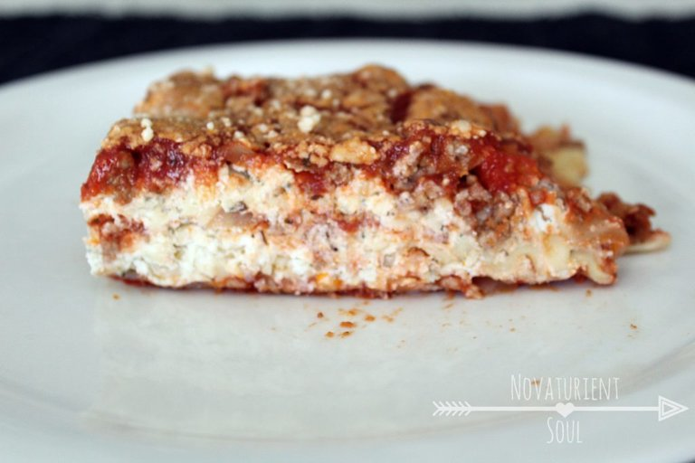 Easy to make & bake lasagna! No need to pre-boil the noodles! - NovaturientSoul.com